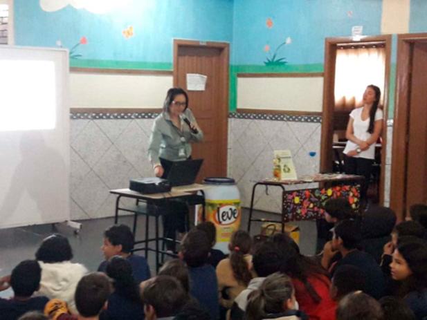 Escola Pedro Tkotz Palestra efetuada em 02 períodos atingindo mais de : 340 pessoas